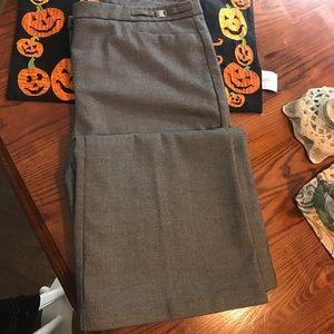 NY&CO B/W long pants 12 stretch.